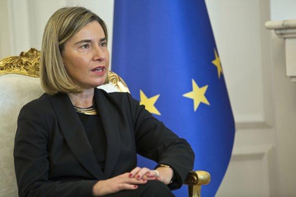 Federica Mogheriniová v Kosove.