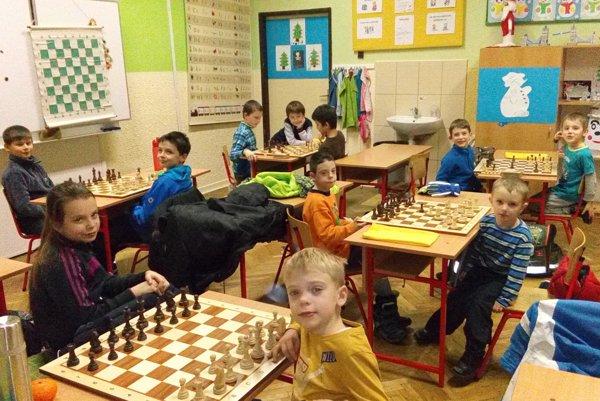 Malí šachisti.