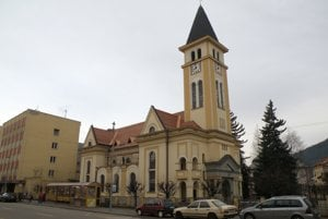Evanjelický kostol v Ružomberku bude mať čoskoro novú strechu. Práce by mali trvať zhruba do polovice apríla, ale ich dĺžku môže ovplyvniť počasie.