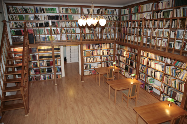Historická knižnica