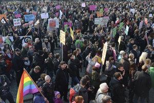 Ženy musia za svoje práva bojovať aj dnes. Napríklad v Poľsku.