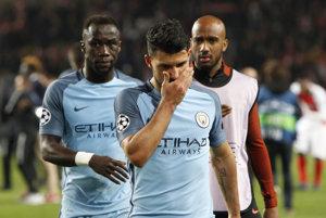Sklamaní hráči Manchestru City po prehre v Monaku.