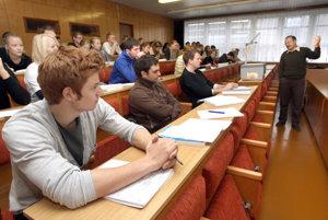 Študentom pomôžu odborníci v špecializovanom centre.