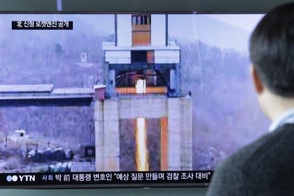 KĽDR nesmie v zmysle rezolúcií OSN vykonávať skúšky rakiet dlhého doletu.