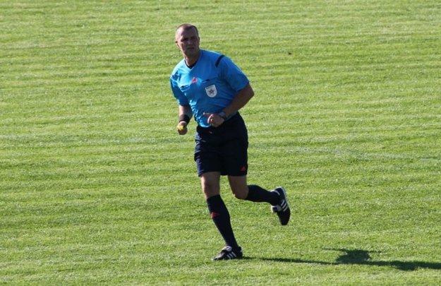 Oravský arbiter má už na konte dve stovky zápas v najvyššej slovenskej lige.