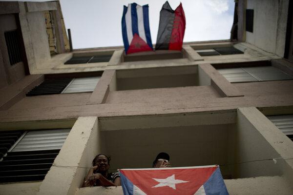 Zmena na Kubu zatiaľ neprišla, nezmenila to ani Fidelova smrť.