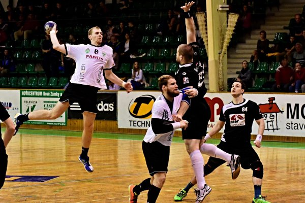 V zápase proti Topoľčanom chýbali Novozámčanom aj góly Matúša Hriňáka (8). Dal ich iba dva ato na víťazstvo nestačilo.