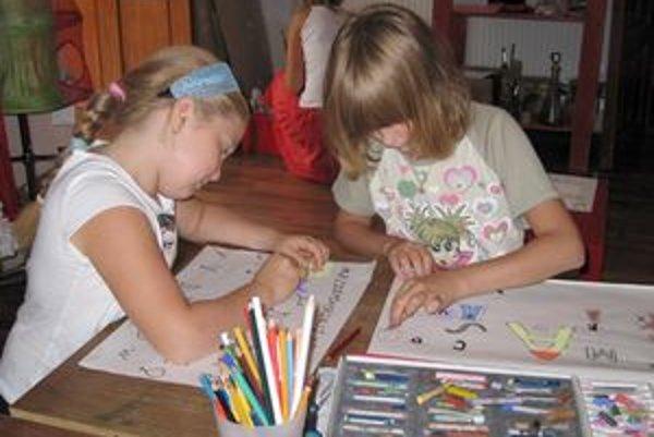 Medzi deťmi je o umelecké školy stále väčší záujem.