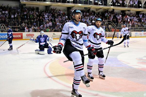 Dalibor Bortňák a jeho radosť z gólu