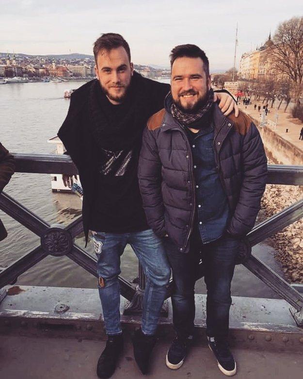 Dominik (vľavo) má so starším bratom výborný vzťah.