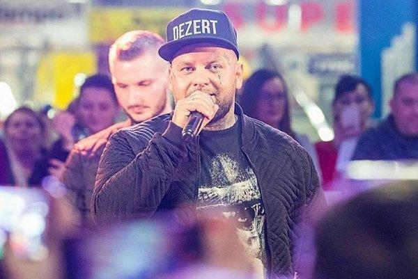 Kali. V prievidzskom Jantári bude mať koncert 13. apríla.