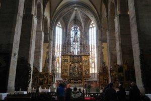 Oltár v Chráme sv. Jakuba v Levoči chodia obdivovať turisti z celého sveta. Tento rok bude výnimočný.