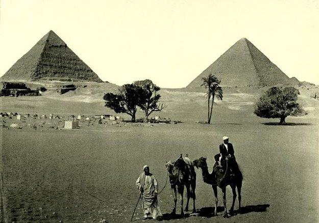 Pyramídy v Gíze.