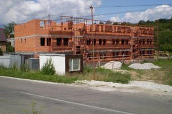 Prievidzská spoločnosť sa zameriava v súčasnosti na výstavbu obecných bytových domov.