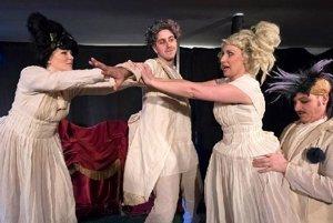 Túlavé divadlo zajtra v Nitre uvedie hru Nonsens noci svätojánskej.