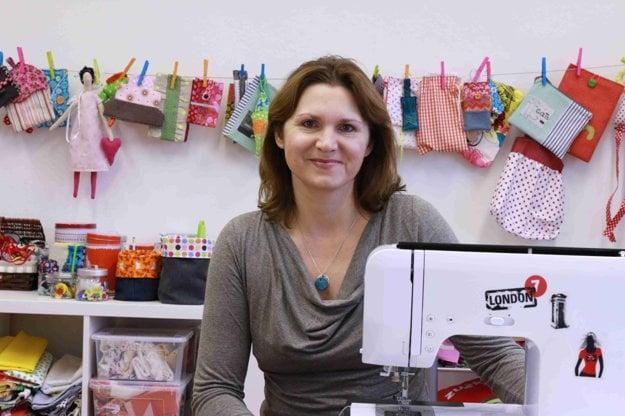 Diana Rusnáková učí šiť
