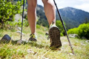 Nordic walking je vhodný pre všetky vekové kategórie.