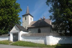 Kostol všetkých svätých Ludrová – Kút je jednou znajstarších sakrálnych pamiatok Liptova
