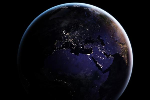 Nočná Zem.