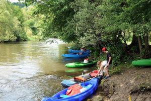 V Jure nad Hronom otvorili ďalšiu vodácku sezónu.