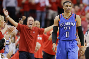 Russell Westbrook je oporou Oklahomy, ktorá však opäť prehrala.