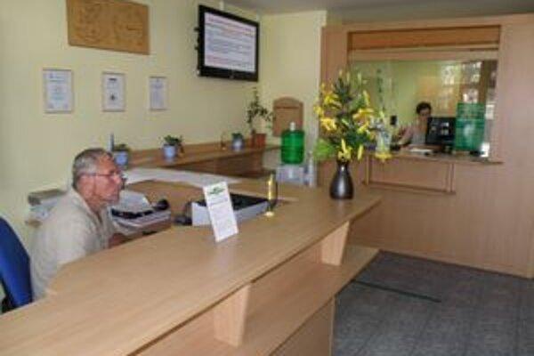 Testovaní boli aj tentoraz pracovníci klientskeho centra.