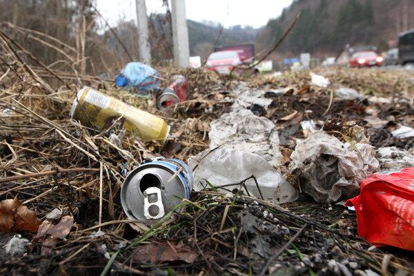 Odpadky sú všade. Ilustračné foto.