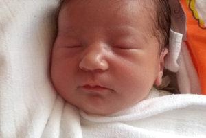 Sofia Žitňáková sa narodila ako druhé dieťatko rodičom Veronike a Antonovi z Oravskej Polhory. Na svet prišla 12. apríla, vážila 3250 g a merala 47 cm. Doma ju čaká Tobias.