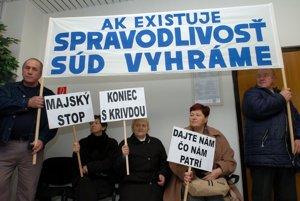 Protest na súde v roku 2006.