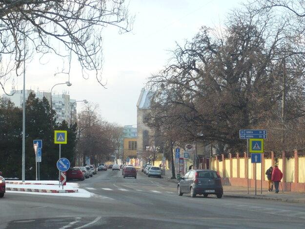 Takto vyzerala ulica pred rekonštrukciou.