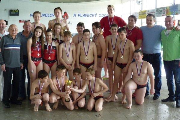 Družstvo mladších žiakov Pirana Sport Clubu.