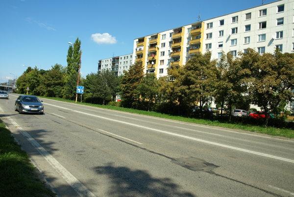 Cyklochodník by mal pribudnúť aj na rušnej Hlbokej ulici.