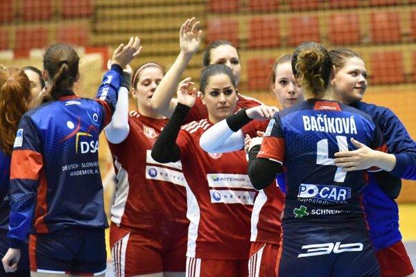 Hráčky Šale zvládli tri relatívne tesné a ťažké zápasy proti Prešovu. Vo finále sa tak stretnú očakávaní súperi.