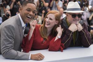 Porotu s Willom Smitom a Jessicou Chastain bude viesť španielsky režisér Pedro Almodóvar (vpravo).