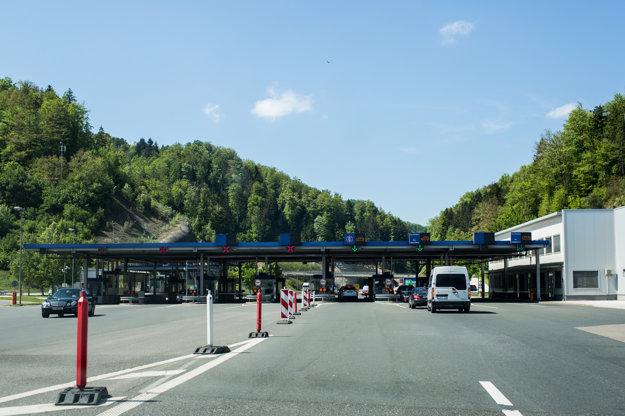Na rakúsko-slovinských hraniciach sa zdržíte len minimálne.