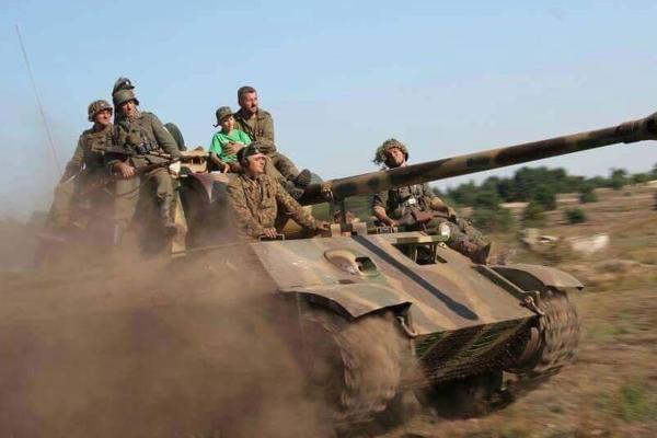 Replika tanku Panther