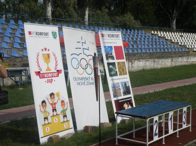 Olympijský oheň horel počas celého súťažného dňa