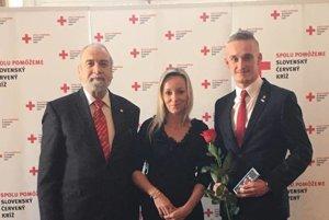 S prezidentom Slovenského Červeného kríža Viliamom Dobiášom.