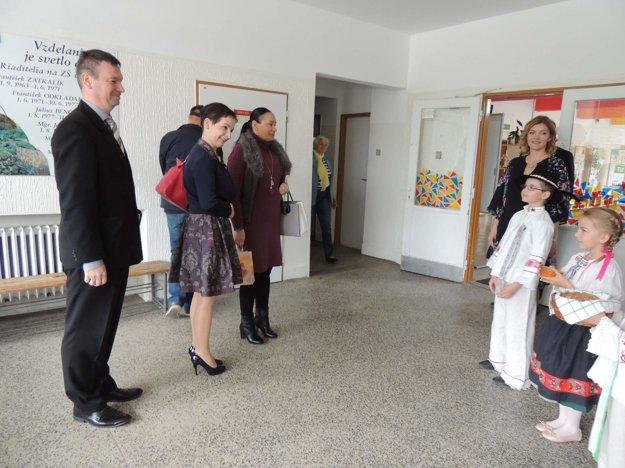 Žiaci školy boli do programu stretnutia zapojení počas celého dňa.