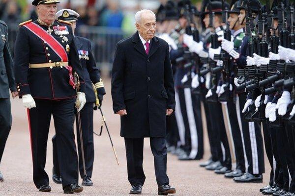 Šimon Peres odchádza ako populárny prezident.