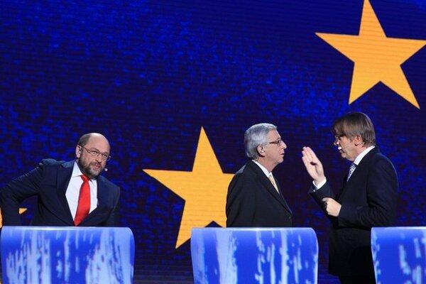 Martin Schulz (vľavo) v debate nešetril sebavedomím.