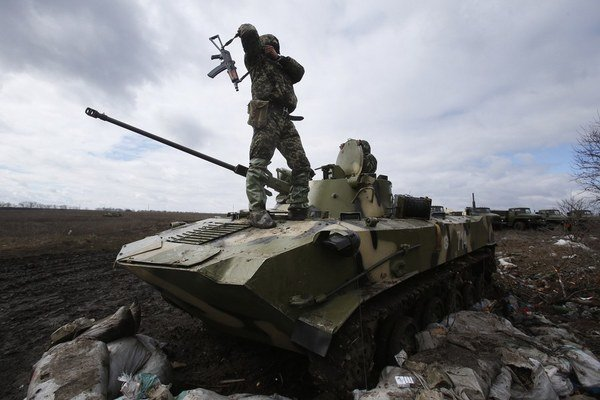 Ukrajinská armáda je v pohotovosti.