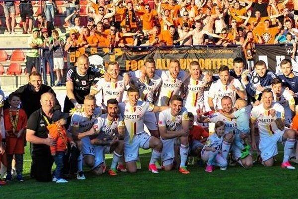 MFK Ružomberok skončil vuplynulej ligovej sezóne na bronzovej pozícia, ktorá zaručuje postup do bojov oskupinovú fázu Európskej ligy.