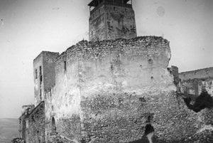 Trenčiansky hrad. (1908)