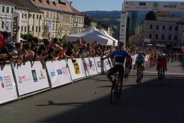 Radosť víťaza etapy Mihkela Räima
