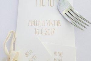Menovky pre svadobných hostí.