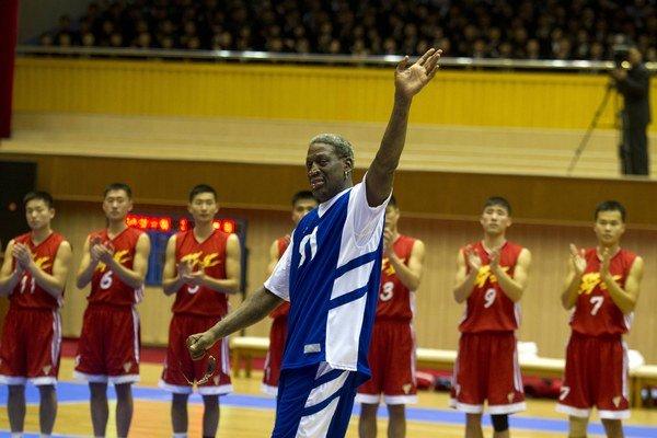 Rodman tvrdí, že robil basketbalovú diplomaciu. Skutoční diplomati z neho nadšení nie sú.