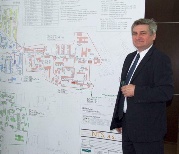 Konateľ NTS Jaroslav Šinák predstavil projekt na mestskom úrade.