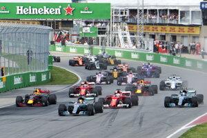 Medzinárodná automobilová federácia (FIA) schválila na svojom zasadnutí v Ženeve kalendár pre sezónu 2018 seriálu MS Formuly 1.