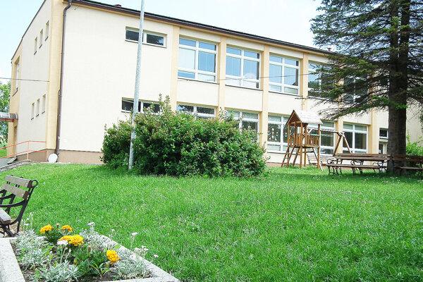 Túto škôlku vdolnej časti dediny chce obec nadstaviť.